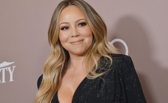 Mariah Carey quên lời bài hát của chính mình
