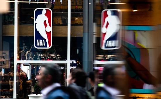 NBA đề xuất gắn thiết bị theo dõi các cầu thủ