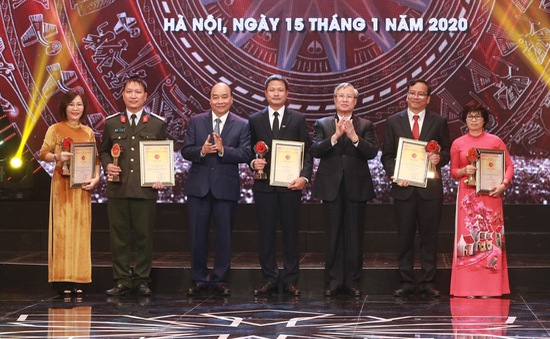 Truyền hình trực tiếp Lễ trao giải Báo chí toàn quốc về xây dựng Đảng - Giải Búa liềm vàng năm 2020