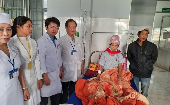 Trung tâm y tế huyện cứu sống 2 bệnh nhân vỡ khối u, vỡ thai ngoài tử cung