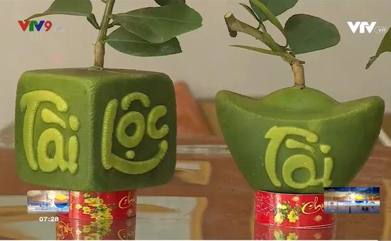 Người tiêu dùng ưa chuộng trái cây độc lạ dịp Tết