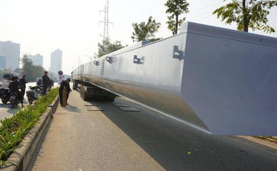 """Phạt nặng xe chở dầm thép hơn 37 tấn """"tàng hình"""" qua 3 tỉnh thành"""