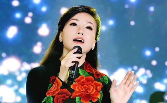 Hoàng Châu tiết lộ lý do từ bỏ sự nghiệp ở Mỹ cùng nghệ danh Yến Khoa