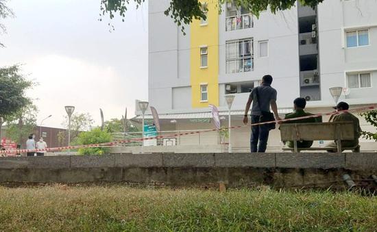 Chi Cục trưởng Chi cục thi hành án rơi lầu chung cư tử vong