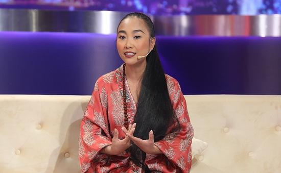 Đoan Trang: Ông xã là bệ đỡ vững vàng làm nghề, làm vợ và làm mẹ