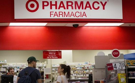 Hơn 500 loại thuốc điều trị ở Mỹ tăng giá hàng chục lần trong năm 2021