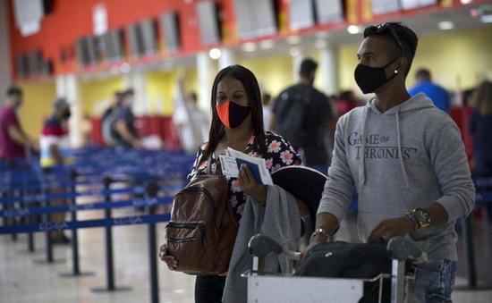 Cuba dùng dược phẩm nội cho du khách nhập cảnh để ngăn ngừa COVID-19