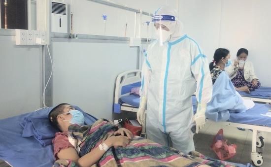 Cứu sống  2 bệnh nhân COVID-19 nguy kịch phải thở máy xâm nhập