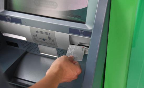 Đề xuất nới thời hạn chuyển đổi thẻ từ sang thẻ chip