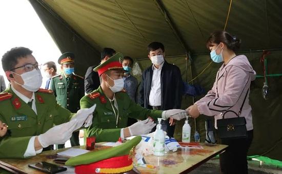 Cách ly tập trung nữ giáo viên ăn Tết tại Hải Dương nhưng khai báo ở Hà Nội