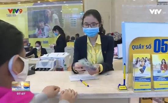 Nở rộ dịch vụ đổi tiền lẻ qua mạng dịp sát Tết
