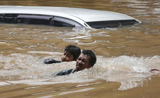 Lũ lụt nghiêm trọng tại Jakarta, hơn 1.000 dân phải sơ tán khẩn cấp