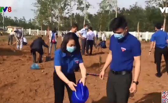 Quảng Ngãi: Ra quân trồng cây tại các  khu công nghiệp