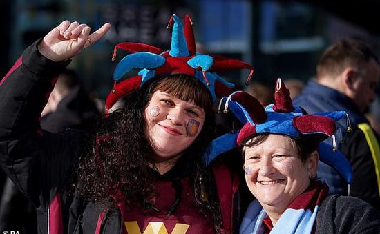 Chung kết Cúp Liên đoàn Anh sẽ không có khán giả