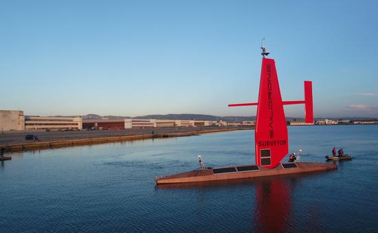 Thử nghiệm thuyền buồm tự hành lớn nhất thế giới