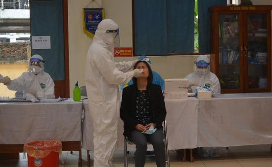 Tiếp tục xét nghiệm SARS-CoV-2, ưu tiên đối tượng nguy cơ cao