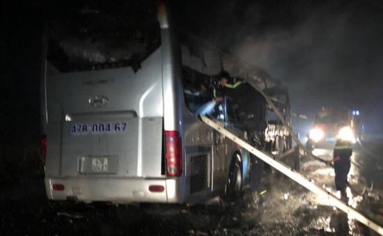 Liên tiếp xảy ra các vụ tai nạn xe khách làm nhiều người thương vong