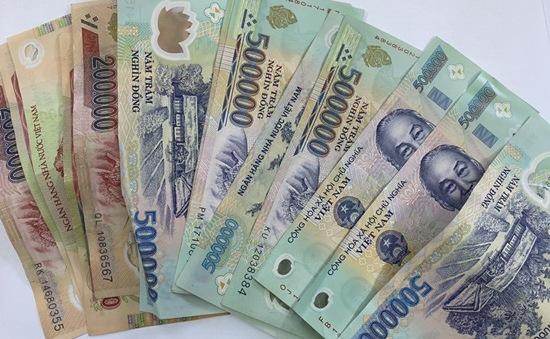 Sợ gia đình phát hiện nợ nần, loan tin bị khống chế cứu tài sản