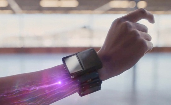 """Facebook """"khoe"""" đã tự phát triển được vòng đeo tay thông minh"""