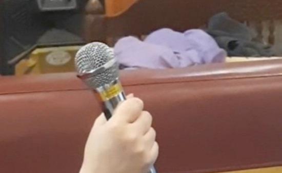 Người đàn ông bị điện giật tử vong trong lúc ngồi hát karaoke