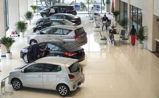 Thị trường ô tô đầu năm 2021: Khó khăn nối tiếp
