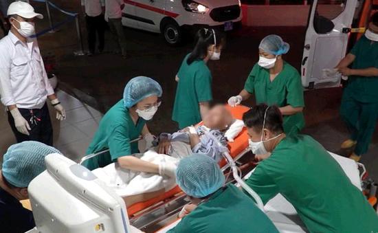 Bệnh nhân COVID-19 nặng nhất nước chuyển về Bệnh viện Chợ Rẫy