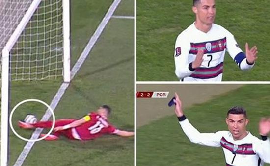Cận cảnh bàn thắng không được công nhận của Ronaldo trước ĐT Serbia