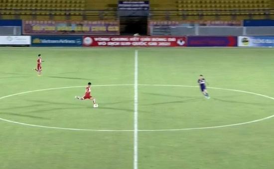 Thái Bá Đạt ghi bàn từ giữa sân, U19 PVF thắng trận ra quân