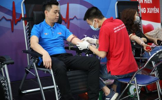 Cán bộ, nhân viên Đài THVN hào hứng tham gia hiến máu nhân đạo