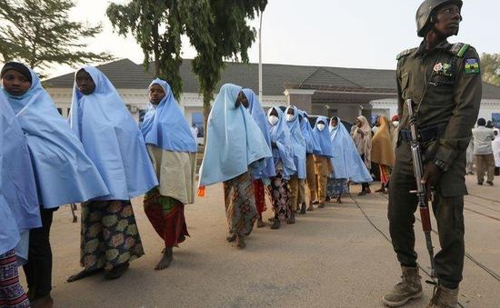 """Đằng sau """"cuộc khủng hoảng bắt cóc con tin"""" tại Nigeria"""