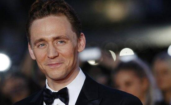 Tom Hiddleston úp mở việc nhận vai James Bond