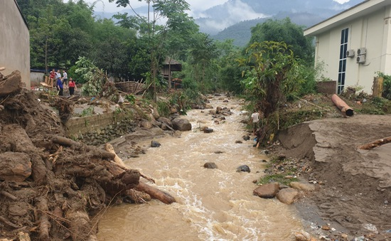 Lũ quét kinh hoàng ở Lào Cai: Đang tìm kiếm các nạn nhân mất tích