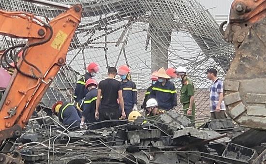 Sập giàn giáo công trình ở Bắc Ninh, 2 công nhân tử vong