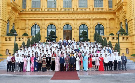 Lựa chọn tuyên dương 150 học sinh, sinh viên giáo dục nghề nghiệp xuất sắc năm 2021