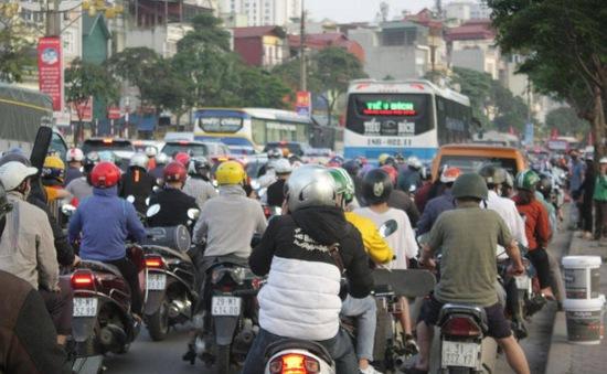 Ùn ứ kéo dài khu vực cửa ngõ Thủ đô và Tiền Giang ngày đầu nghỉ lễ