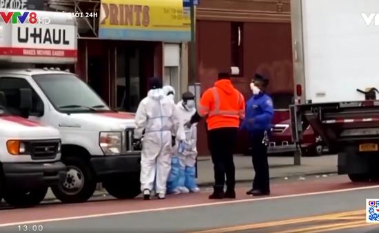 Mỹ: 750 thi thể bệnh nhân COVID-19 nằm trong xe đông lạnh cả năm