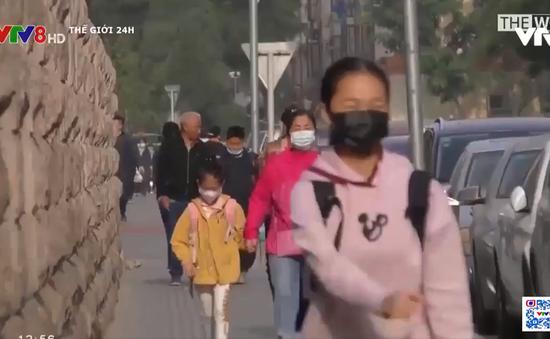 """Tỷ lệ sinh của Trung Quốc có thể trở thành """"thấp nhất thế giới"""""""