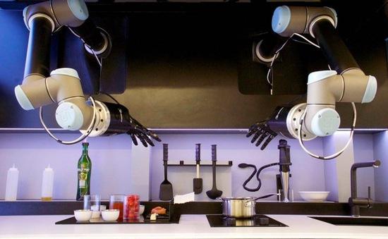 Robot nấu ăn không thua gì đầu bếp tại Tây Ban Nha