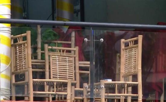 Quán ăn, cà phê vỉa hè ở TP Hồ Chí Minh đồng loạt dừng bán tại chỗ