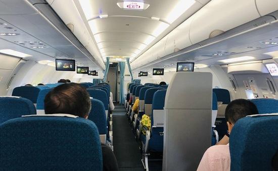 Lên cơn khó thở, một hành khách thoát chết trong gang tấc trên máy bay