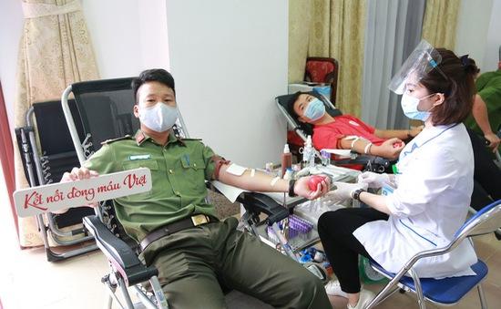 Hành trình Đỏ 2021 khởi đầu thắng lợi với 1.402 đơn vị máu tiếp nhận tại Lai Châu