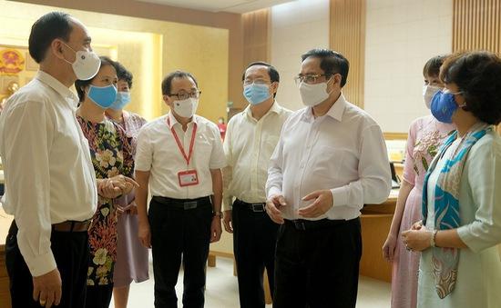 Thủ tướng yêu cầu đánh giá, cấp phép vaccine ngừa COVID-19 theo thủ tục rút gọn