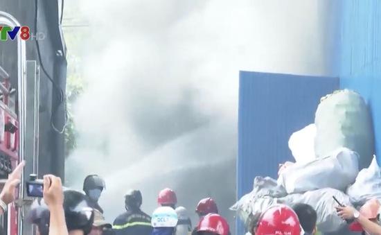 Mất an toàn cháy nổ tại các cơ sở thu mua phế liệu