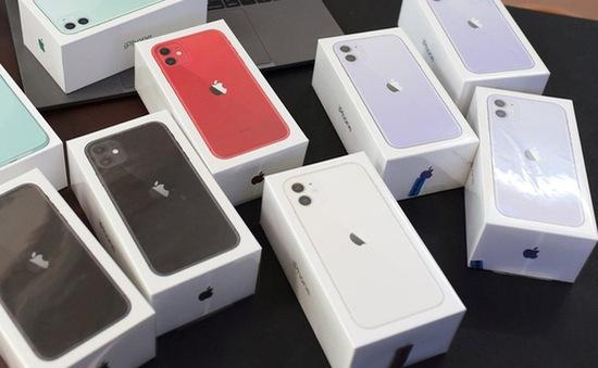 iPhone 11 chính hãng giảm giá mạnh, rẻ hơn máy xách tay