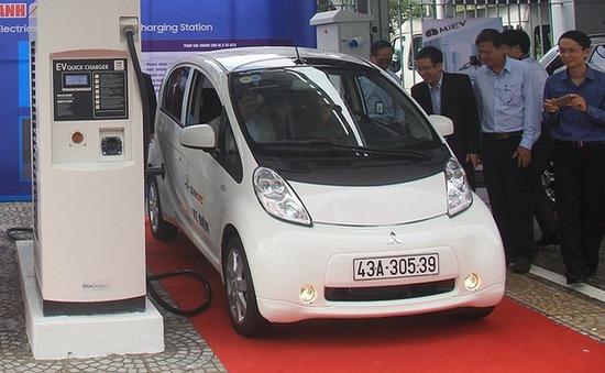 Đề xuất miễn thuế, phí thúc đẩy phát triển ô tô điện
