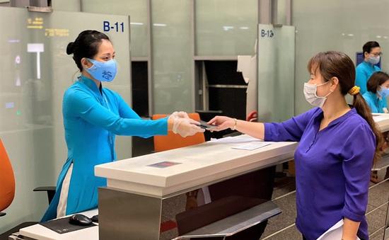 Cảnh báo hành khách mua vé chuyến bay quốc tế về Việt Nam