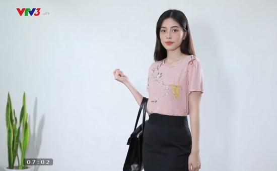 Á hậu Phương Nga tiết lộ bí quyết mặc áo phông đẹp cho chị em công sở