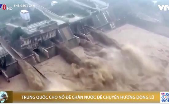 Trung Quốc cho nổ đê để chuyển hướng dòng lũ