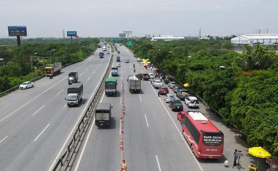 Không còn tình trạng ùn tắc tại chốt kiểm soát dịch cửa ngõ Hà Nội