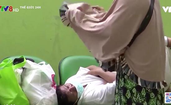 Khủng hoảng thiếu ô-xy y tế nghiêm trọng tại Indonesia